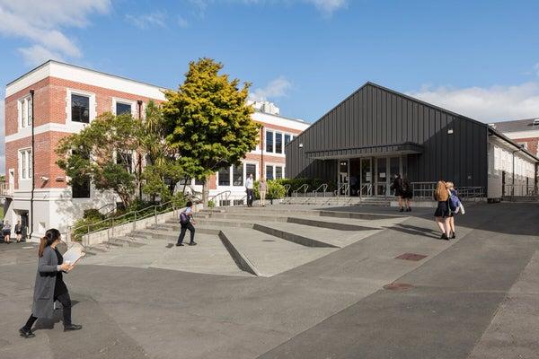 Takapuna-Grammar-School-Main-Block-and-Hall